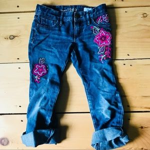BabyGap 1969 Embroidered Jeans Flowers Size 6
